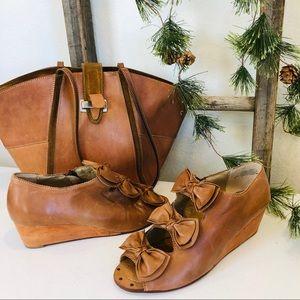 ANTHROPOLOGIE latigo sally bow wedge shoes